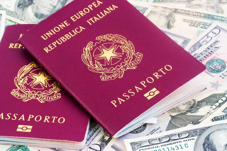 il rilascio del passaporto italiano